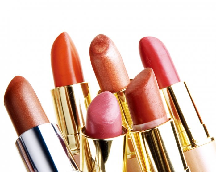 What to Know Before Buying a Lipstick